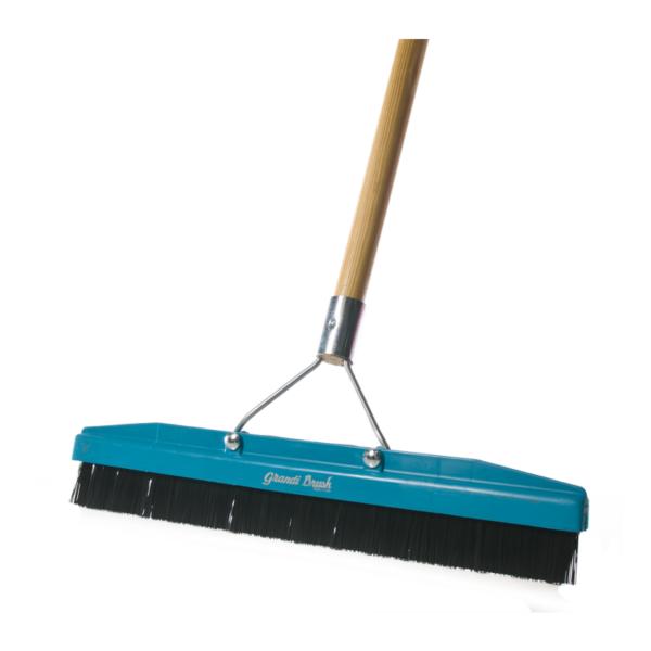 carpet brush 600x600